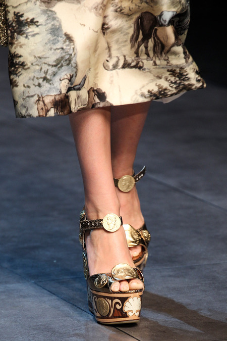 Dolce and Gabbana Spring14 rtw(30)